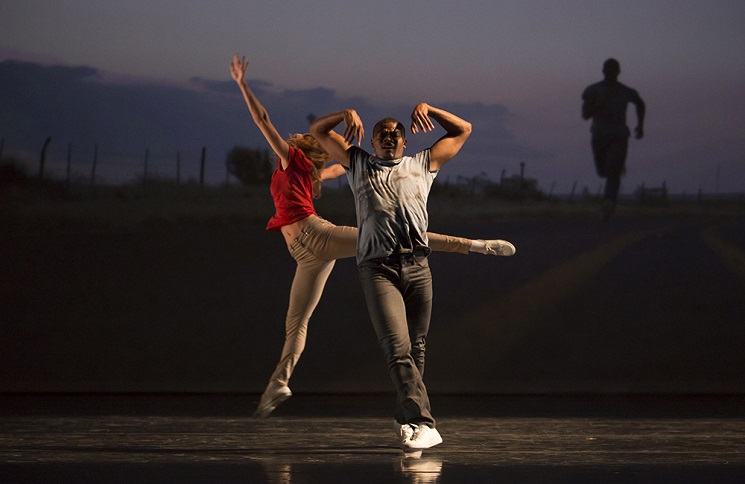 illustration de White, Stars, Moon + Orpheus Highway + Bach Studies (Part 1) / L.A. Dance Project Benjamin Millepied